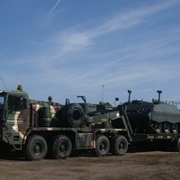M746 - 8x8 Truck Tractor